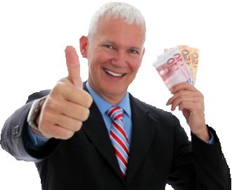 Mann mit günstiger Hausratversicherung